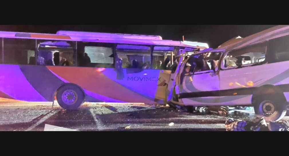 En Sonora, mueren 16 en choque entre transporte de personal y camioneta